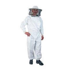 Bekleidung und Schutz